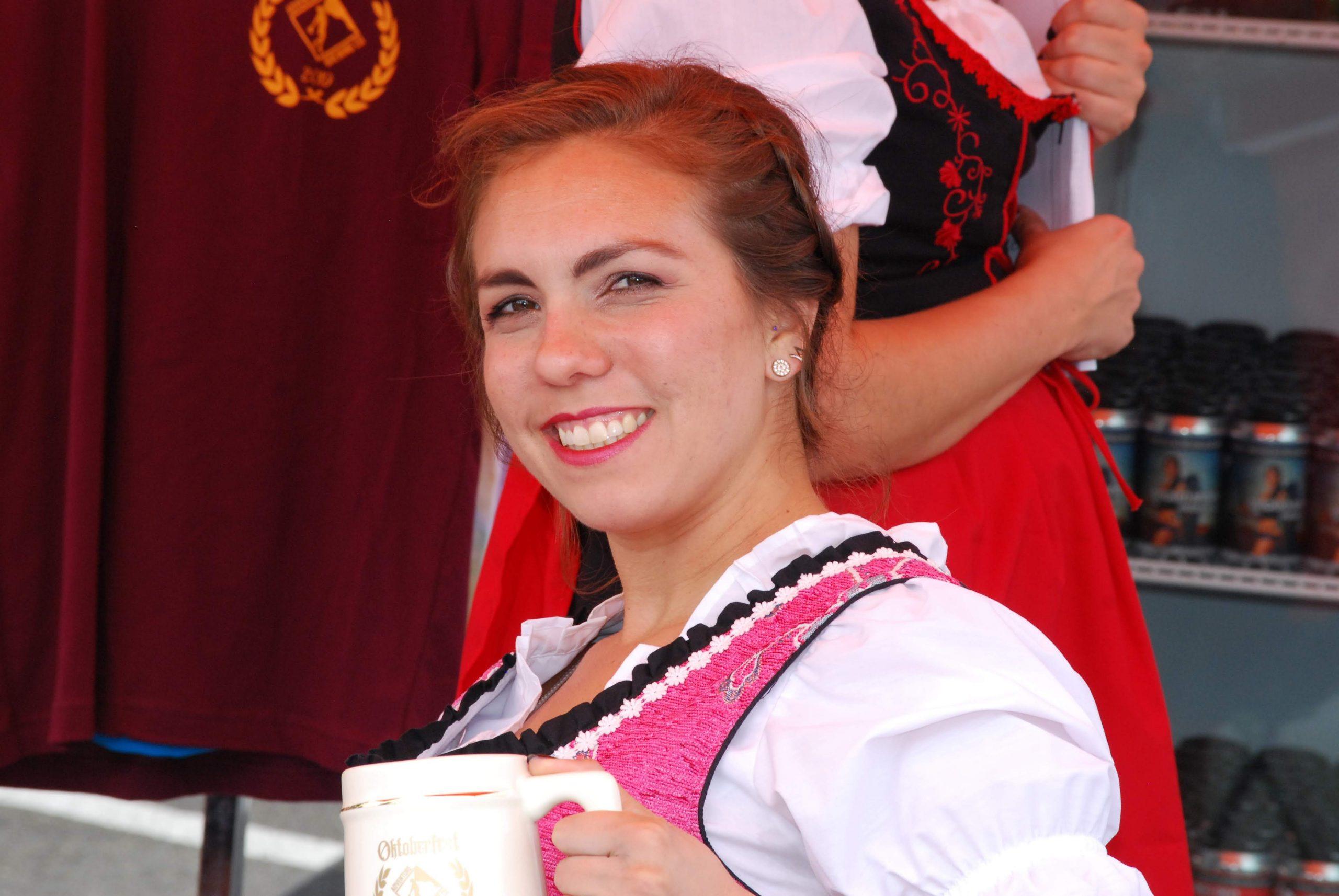 Oktoberfest Holding Stein